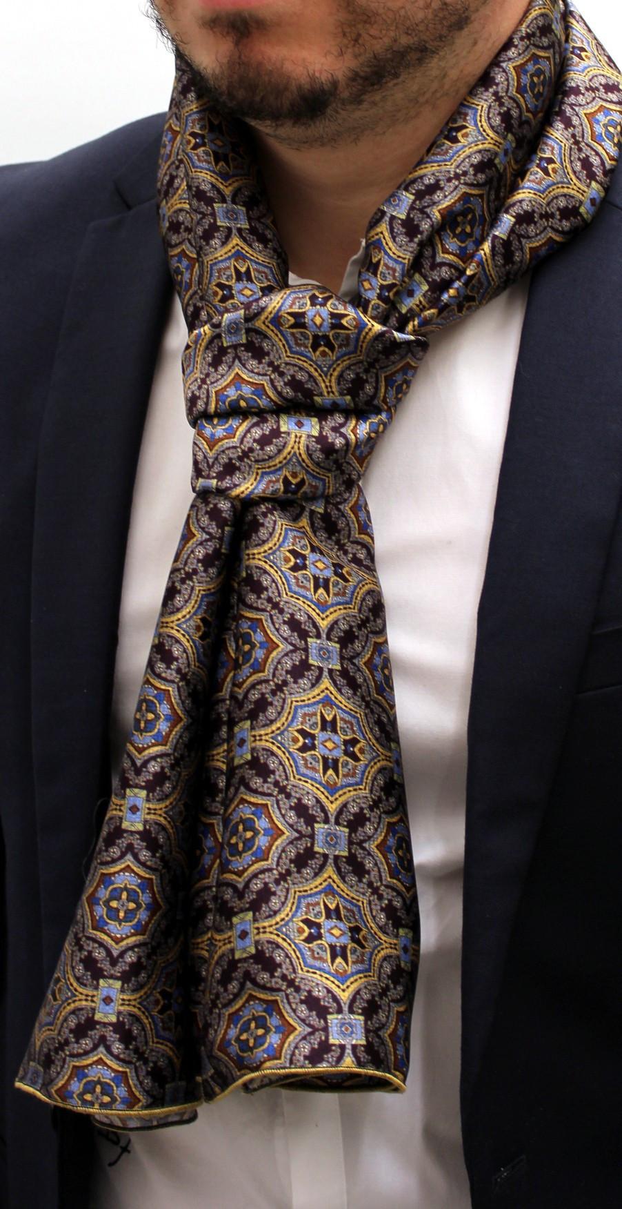 91b610ac15e0 CB FOULARD en soie, e-magasin de vente de foulard carre en soie et ...